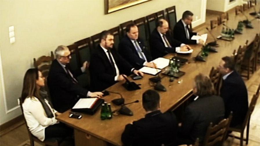 14 - 02 - 2020 - Przygotują ustawę o wprowadzeniu tzw. trzeciego sygnału (...)